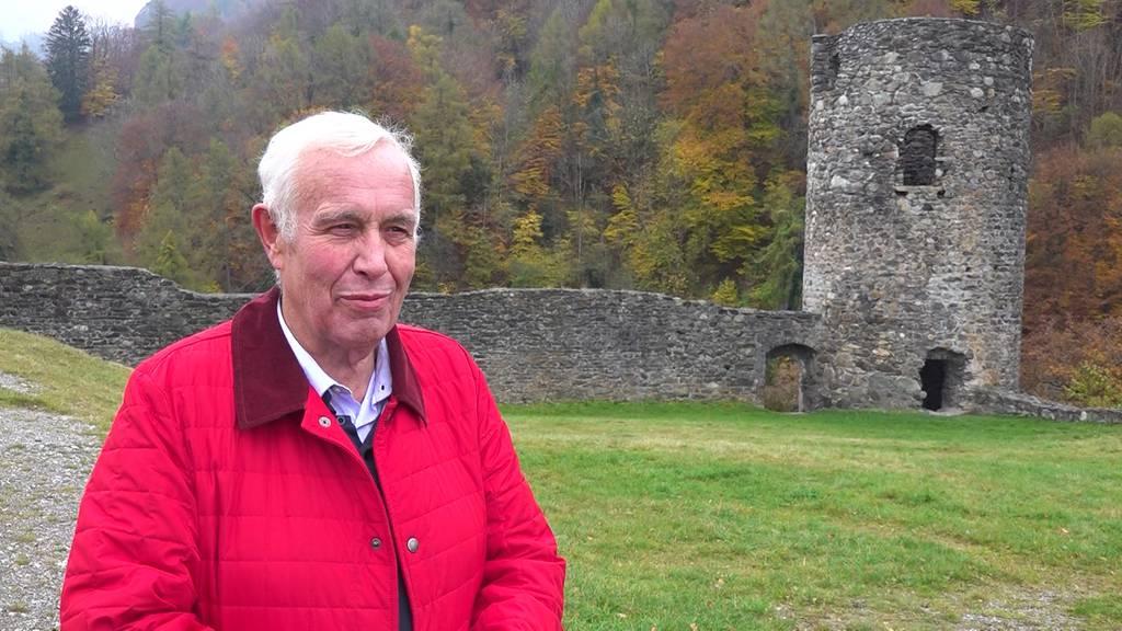 Dieser Bündner baut und rettet Burgen