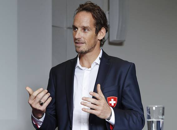 Eishockey-Nationaltrainer Patrick Fischer steht an der WM in Dänemark vor einer Herausforderung.