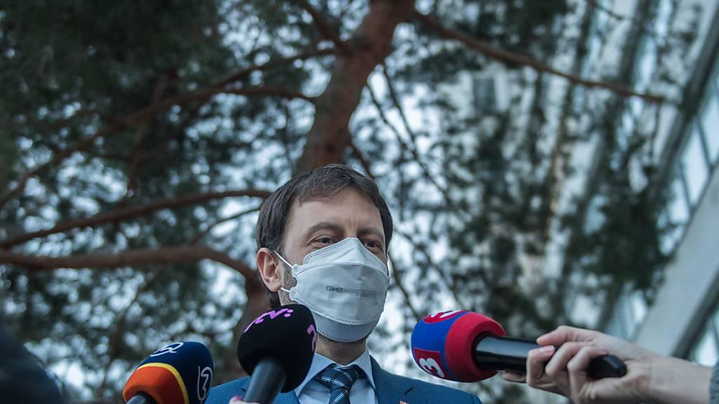 Slowakischer Regierungschef tritt zurück - Wechsel mit Finanzminister