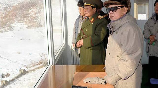 Nordkoreas Machthaber Kim Jong Il (Archiv)