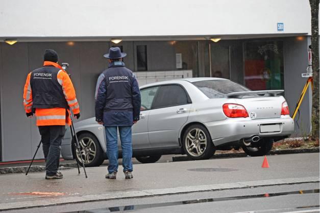 Mehrere Patrouillen der Stadtpolizei sowie Schutz & Rettung rückten am Sonntagmorgen aus.