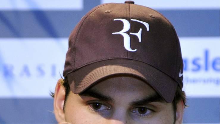 Nike hält die Rechte an Federers «RF»-Logo.