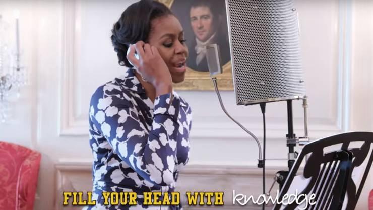 «Fülle deinen Kopf mit Wissen» rappt First Lady Michelle Obama.