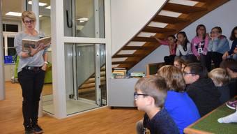Das Leseförderungsprojekt existiert seit 28 Jahren. Hier eine Veranstaltung in der Gemeindebibliothek Urdorf im Jahr 2011