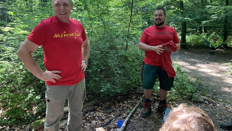 Der alte und der neue Waldmeister Werner Habermacher  und Jeremias Boss im Wurzelnäscht