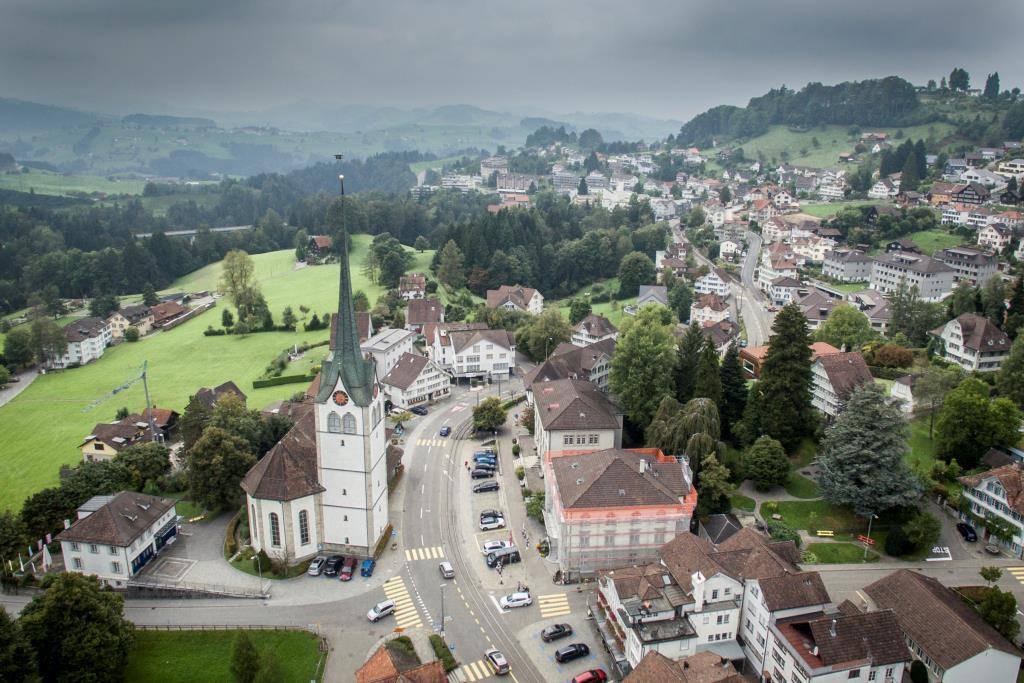 Teufen schafft es von allen Ostschweizer Gemeinden am weitesten nach vorne. Die Ortschaft belegt Platz 55. (© St.Galler Tagblatt/Benjamin Manser)