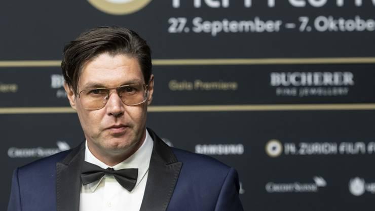"""Neuer Film: Mit """"Switzerlanders"""" hat """"Wolkenbruch""""-Regisseur Michael Steiner den waschechten Schweizer Alltag in einen Kinofilm verwandelt."""