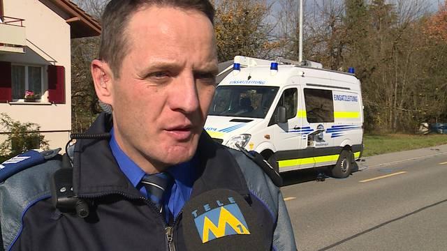 «Besonders tragisch an diesem Tötungsdelikt sind die drei schulpflichtigen Kinder», sagt Kapo-Sprecher Bernhard Graser im Interview mit Tele M1.
