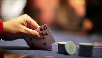 Die Vorlage zum Geldspielsetz wird von der Jungen CVP abgelehnt.