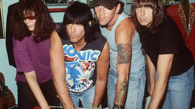 C.J. Ramone 1996 (zweiter von rechts) (Archiv)