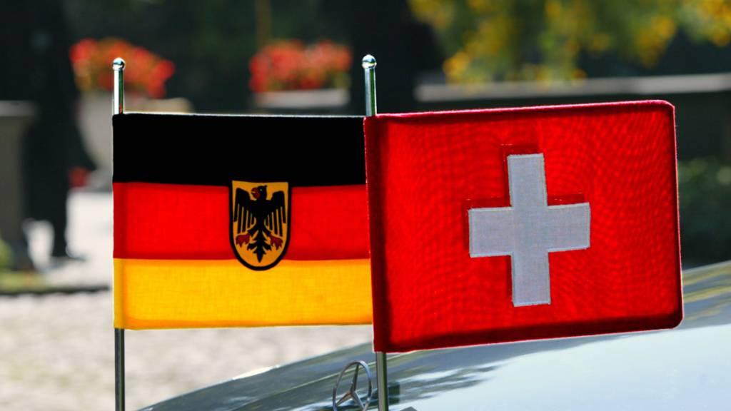 Schweiz und Österreich sind beliebte Auswanderziele der Deutschen