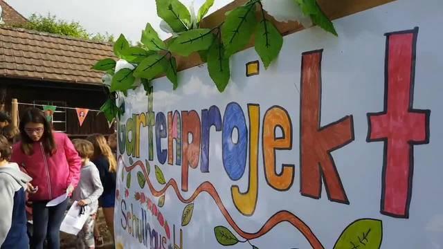 Spatenstich: Das Hermesbühl-Schulhaus bekommt einen eigenen Schulgarten