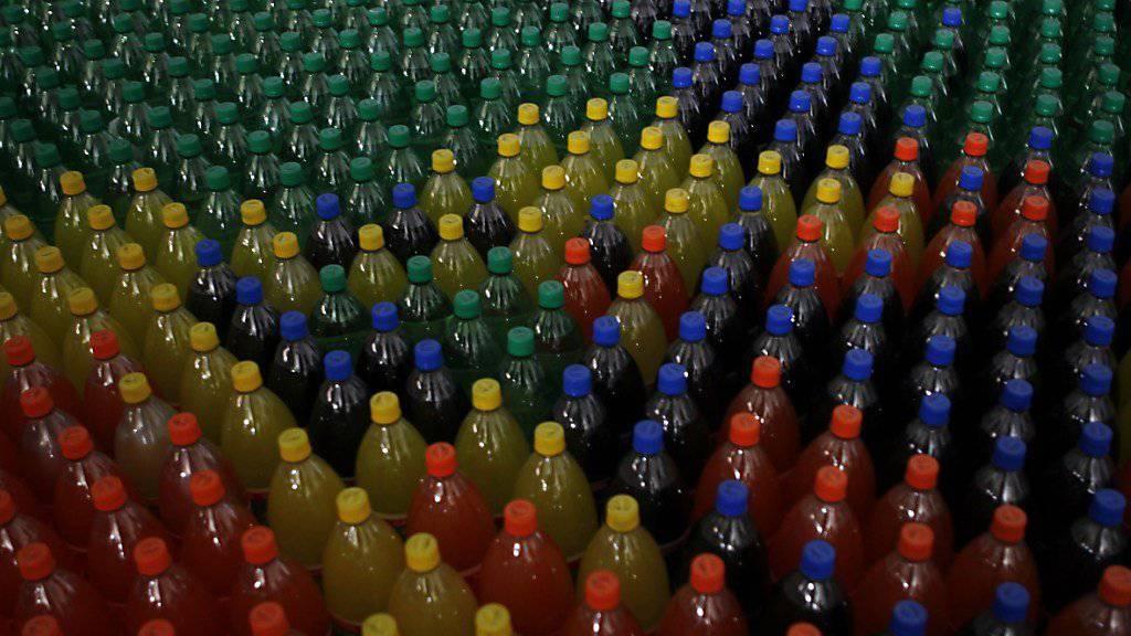 Die Getränke-Produzenten halten wenig vom Waadtländer Entwurf einer Süssgetränke-Steuer. (Symbolbild)