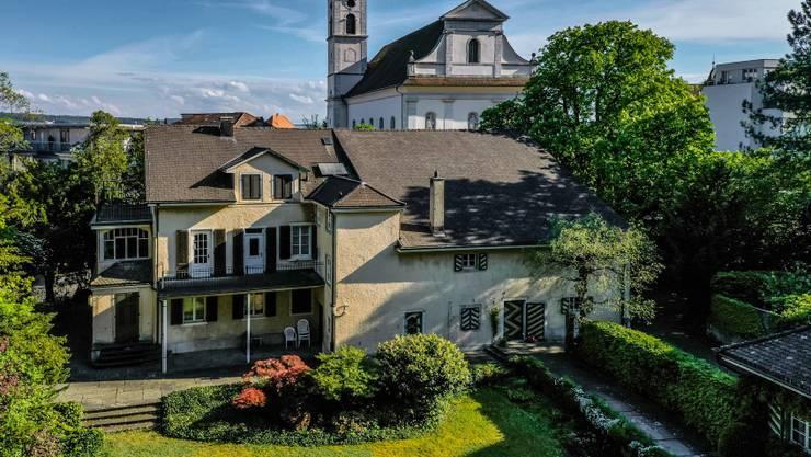 Die Däster-Schild-Villa in Grenchen im April 2020