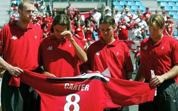 2002 in Casablanca: Federer weint um seinen verstorbenen Coach Peter Carter.