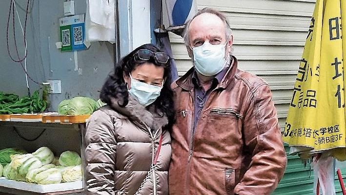 Das Rothrister Paar Daniel und Xining Lehmann verbringt seine Ferien in China.