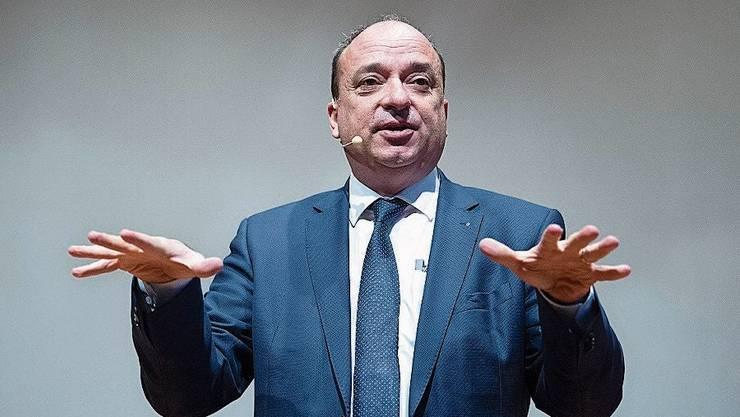 Landammann Markus Dieth fordert den Bundesrat auf, auch kleine Läden am Montag zu öffnen.