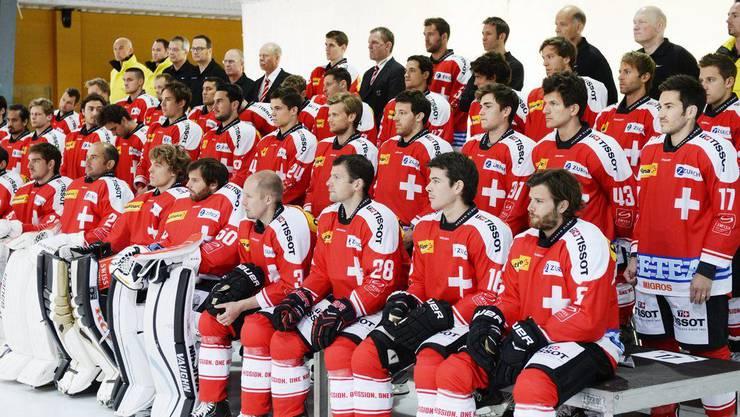 Mit dem Gewinn der WM-Silbermedaille gelang dem Schweizer Eishockey-Nationalteam an der WM in Stockholm ein veritabler Coup. Es erhielt damit zum zweiten Mal nach 1986 die Auszeichnung als Team des Jahres.