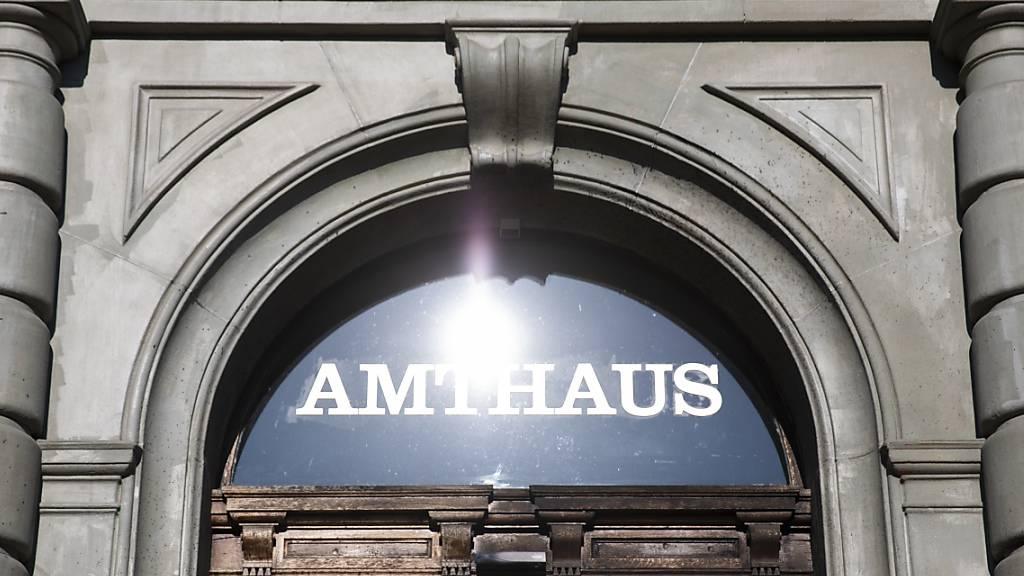 Im Berner Amthaus findet der Prozess gegen den Reeder statt.
