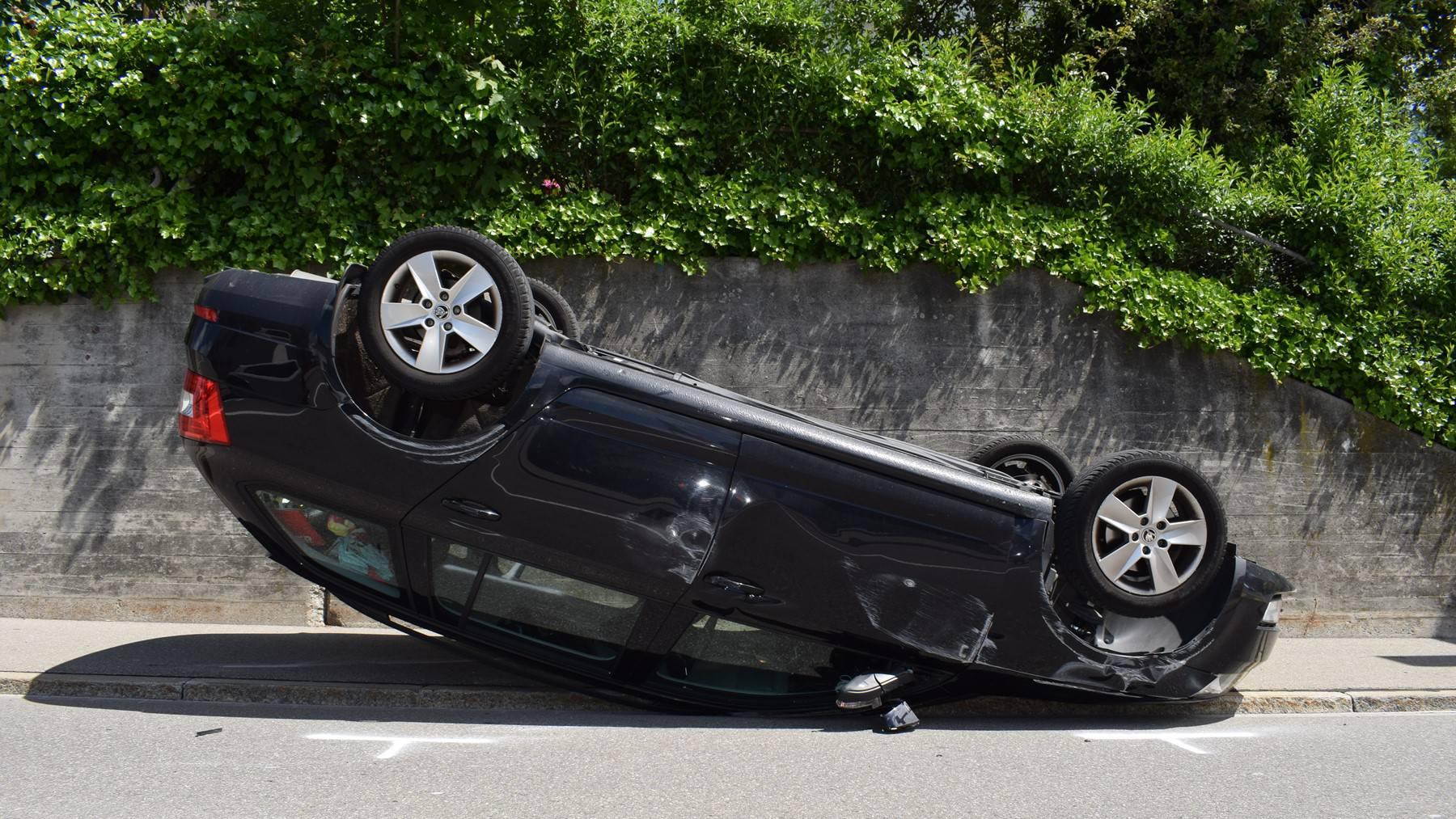 Die Frau konnte dem bremsenden Auto nicht mehr ausweichen.