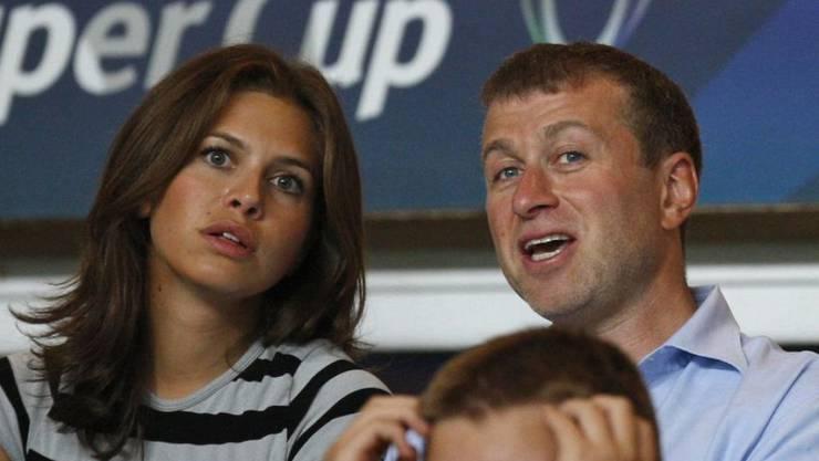 Der Milliardär Roman Abramowitsch und seine langjährige Gefährtin Darja Schukowa haben beschlossen, sich zu trennen. (Archivbild)