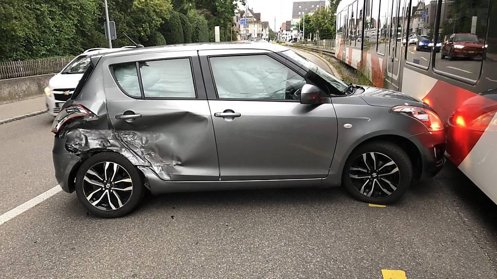Beim Zusammenstoss zwischen Bahn und Auto in Münchwilen TG gab es keine Verletzten.