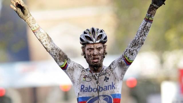 Quer-Weltmeister Lars Boom gewinnt auch auf der Strasse