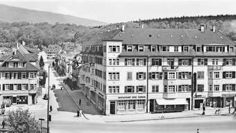 Der Bifangplatz im Mai 1936: Das Kino Palace spielte damals den Film «Goldene Locken» mit Shirley Temple.