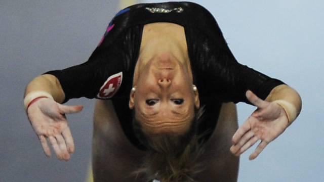 Ariella Kaeslin beim Sprung