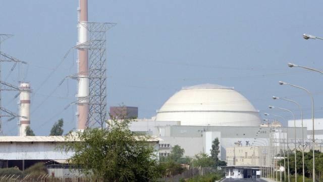 Das iranische Atomkraftwerk Buschehr im Süden des Landes (Archiv)