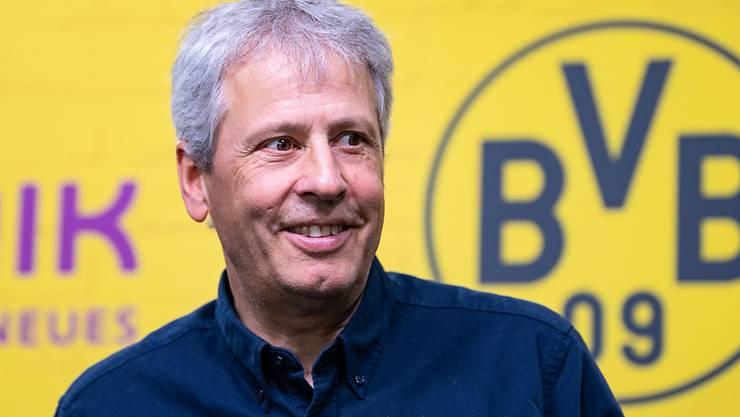 Viele Gründe, zufrieden zu sein: Lucien Favre blickt auf ein erfolgreiches erstes Jahr mit Borussia Dortmund zurück