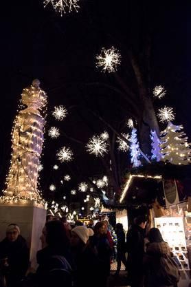 Der Basler Weihnachtsmarkt ist auch dieses Jahr wieder ein Publikumsmagnet.