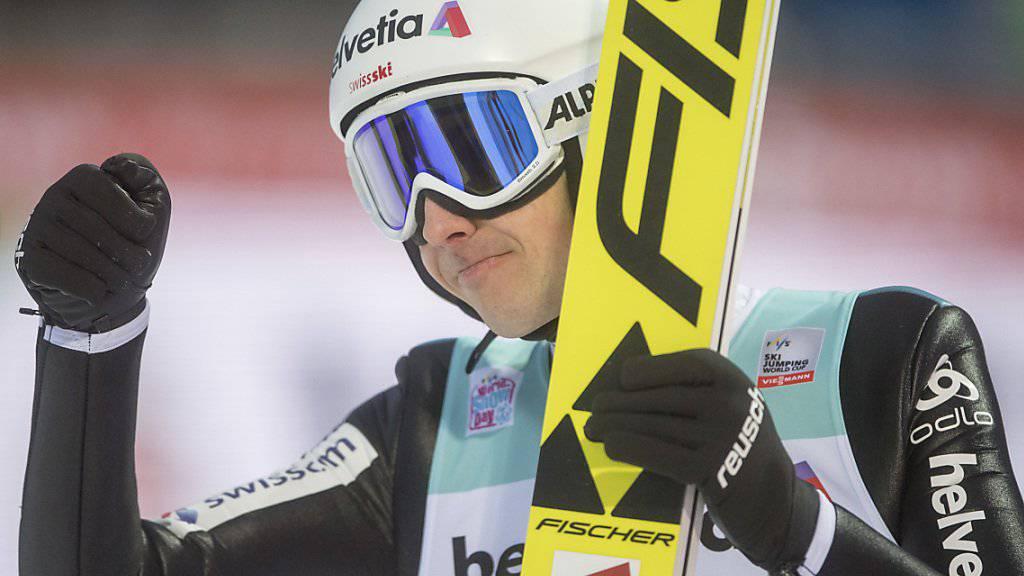 Simon Ammann gelang in der Qualifikation die drittbeste Weite.