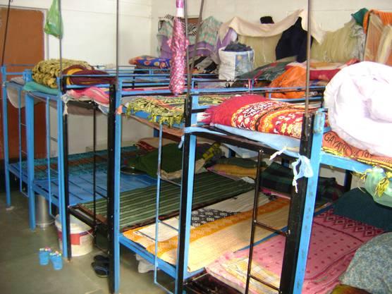Blick in den Schlafsaal des Internats