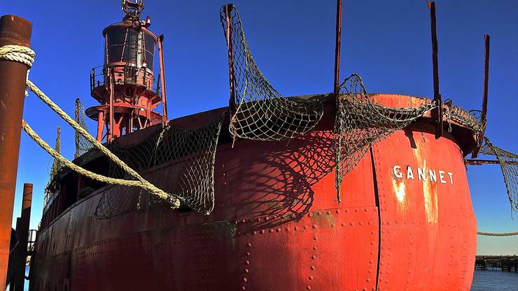 Dieses Feuerschiff soll für kulturelle Höhenpunkte am Hafen sorgen.