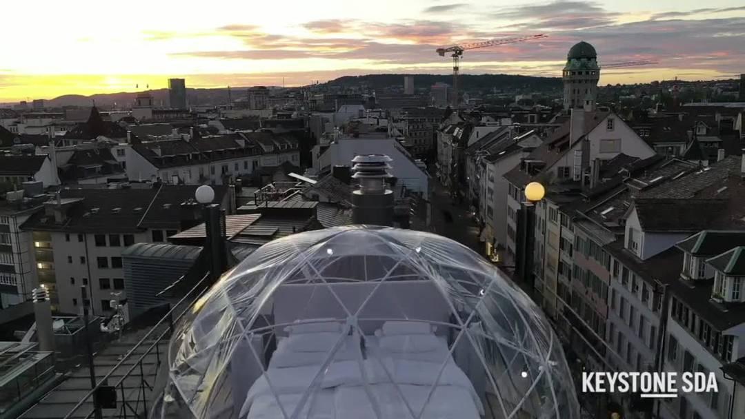 So schläft es sich im exklusivsten Hotelbett über den Dächern von Zürich