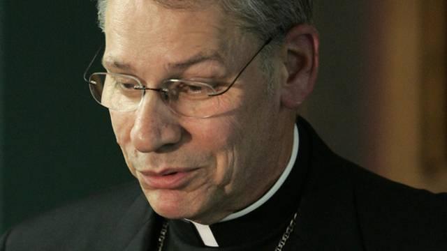 Bischof Robert Finn soll monatelang einen verdächtigen Priester gedeckt haben (Archiv)