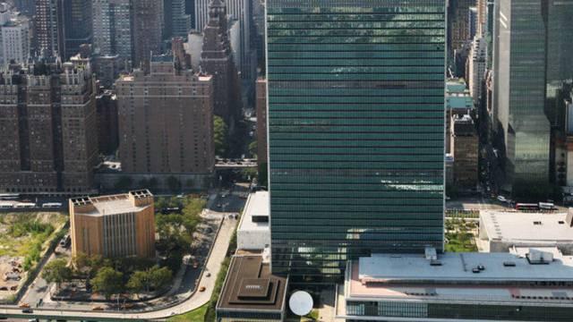 """""""Sandy"""" überschwemmte die Garage des UNO-Hauptgebäudes. Etliche Luxusautos wurden beschädigt (Archiv)."""