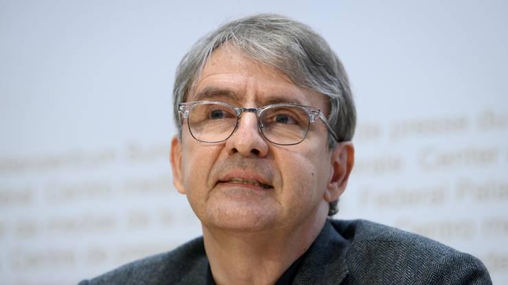 Der Basler Kantonsarzt Thomas Steffen sieht grosse Herausforderungen bei der Verteilung des Impfstoffs.