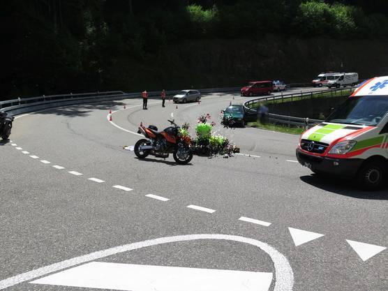 Das Motorrad wurde infolge der Kollision schwer beschädigt.