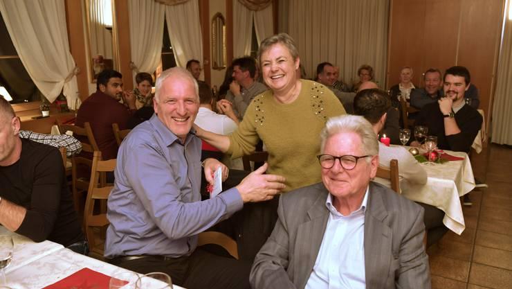 Gemeindepräsidentin Barbara Leibundgut, der zurückgetretene CVP-Gemeinderat Enrico Sansoni und Alt-Gemeindepräsident Hans Kübli hatten vor zwei Jahren noch gut lachen ...