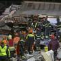 Nach dem schweren Erdbeben in Albanien vom Dienstag haben die Rettungskräfte am Samstag die Suche beendet. 50 Menschen starben, 41 sind noch in Spitälern.