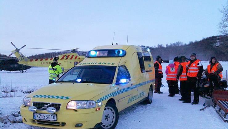 Die Rettungskräfte vor ihrem Einsatz