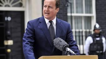 Der britische Premierminister Cameron kündigte an, die Täter müssten mit Konsequenzen rechnen