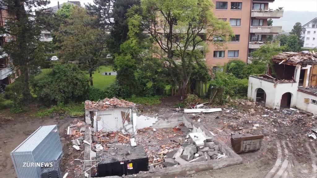 Illegaler Hausabbruch: Trotz offenem Denkmalschutz-Verfahren drei Häuser abgerissen