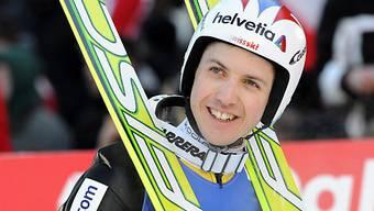 Simon Ammann flog in der Qualifikation der Konkurrenz davon