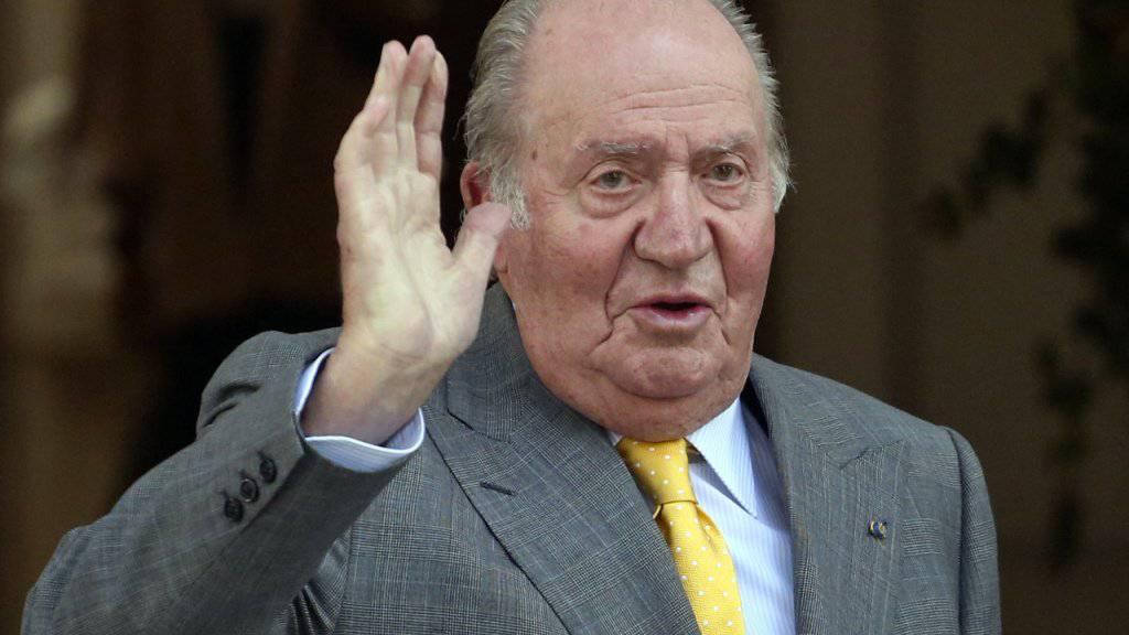 Spaniens Ex-König Juan Carlos hat drei Bypässe eingesetzt bekommen. (Archivbild)
