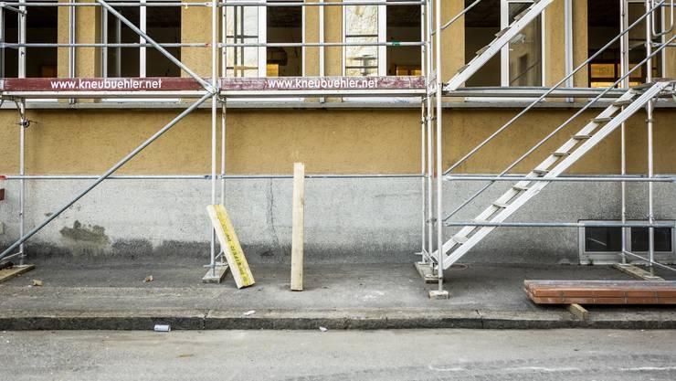 Werden Häuser umgebaut müssen Mieter immer mehr mit sogenannten Leerkündigungen rechnen. (Symbolbild)