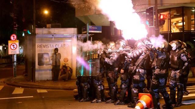 Gewaltsame Proteste in Rio de Janeiro vor Papst-Besuch