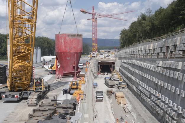 Die Baustelle am Eppenbergtunnel, fotografiert anlässlich einer Baustellenbesichtigung der SBB zum Vierspurausbau der Strecke Olten - Aarau Mitte August 2016.